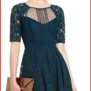 Bcbg green Lace dress size 2p